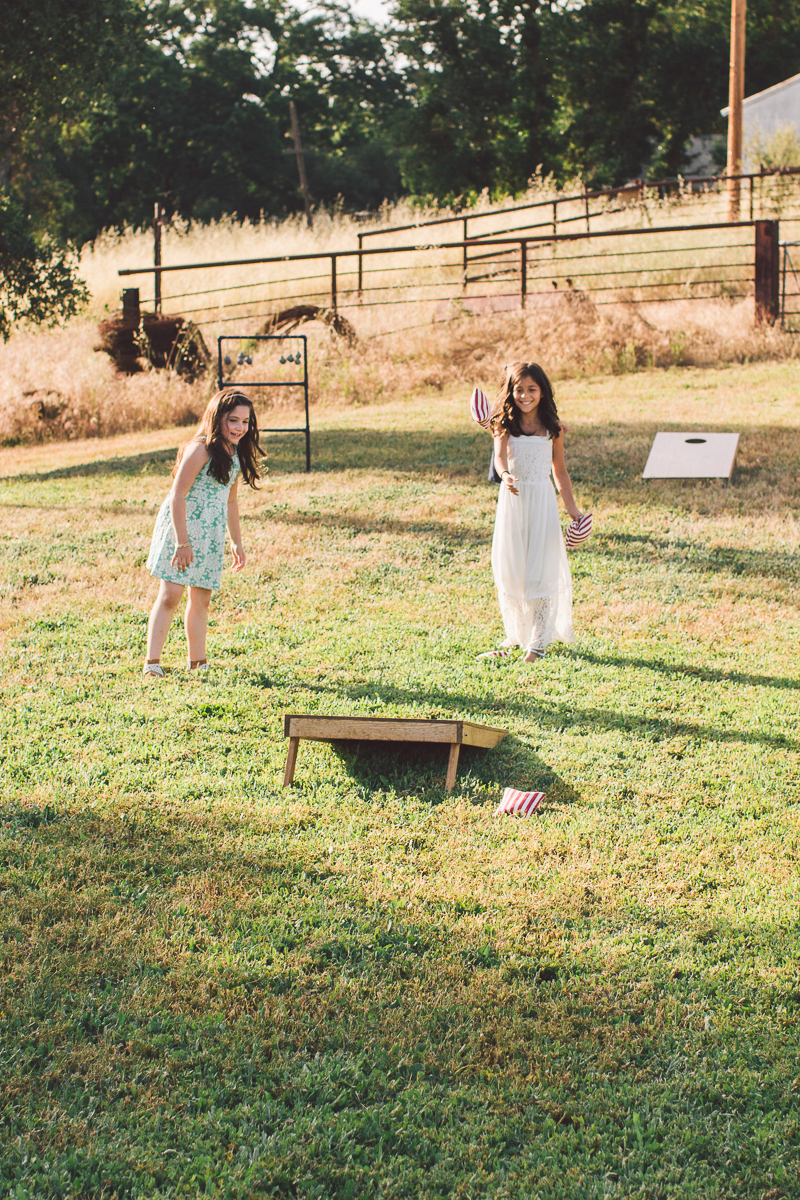 wedding bean bag toss