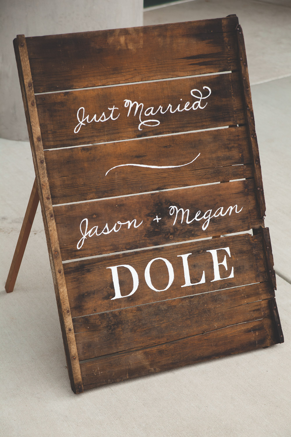 just married diy sign