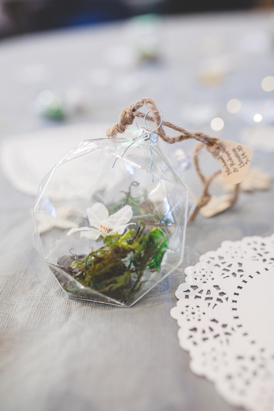 terrarium wedding favor