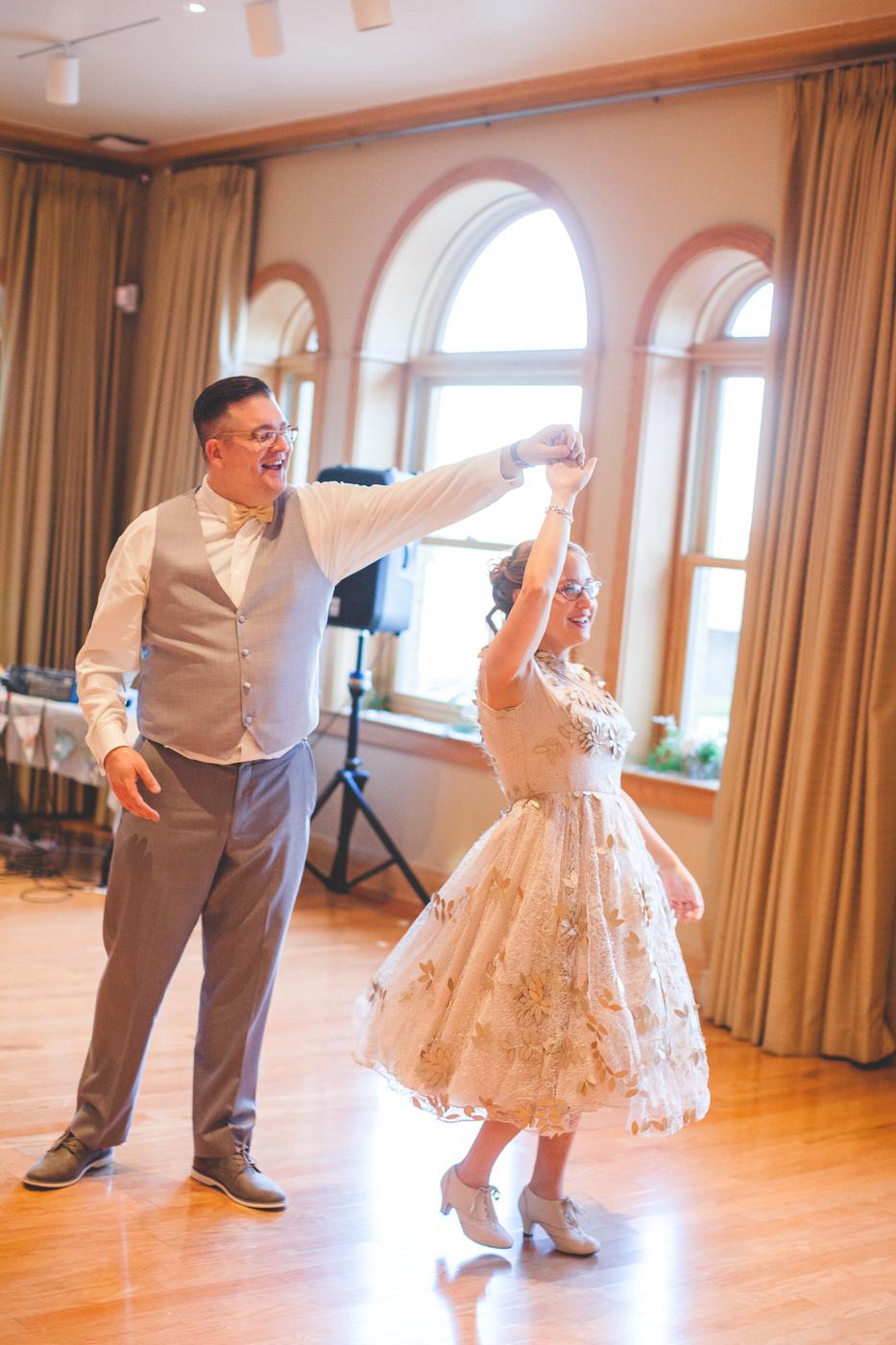 chotronette wedding dress