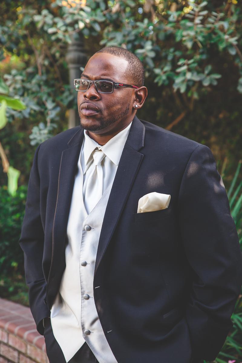 modesto groom