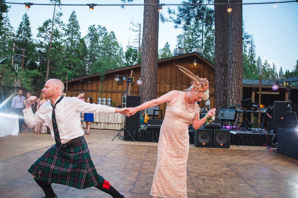 epic mother son dance wedding.jpg