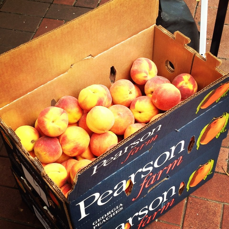 Fresh Pearson Farm Peaches
