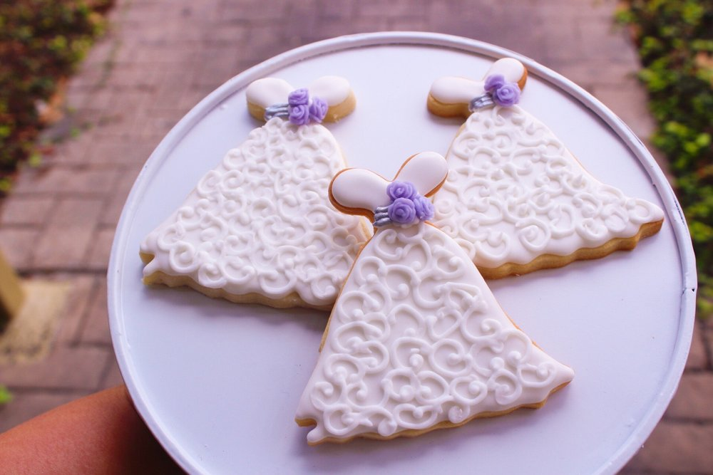 Shortbread Iced Cookies - Wedding Dresses