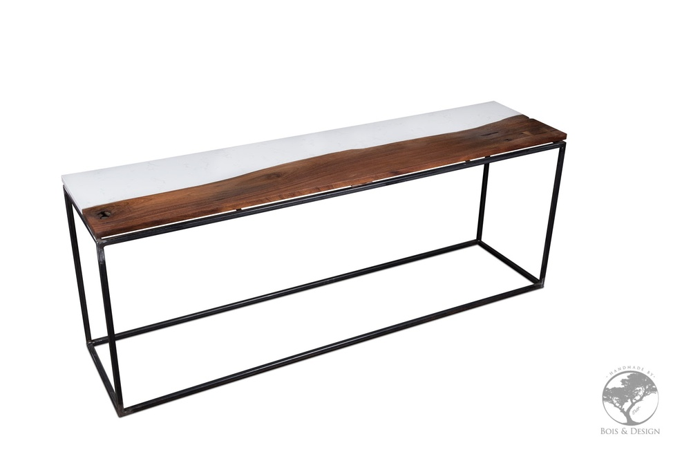 Central live edge black walnut / quatz cambria console