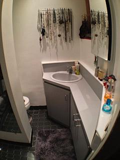 7. bath.jpg