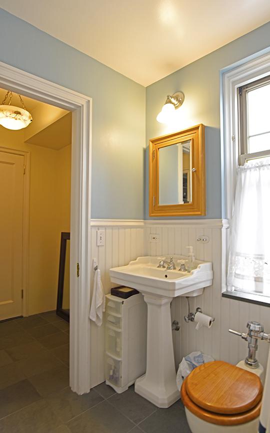 6.Bath2.jpg