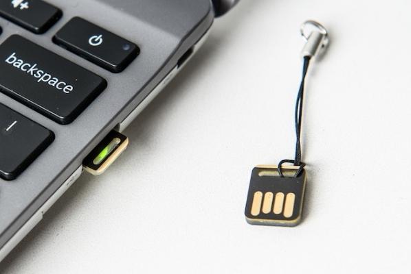 Google YubiKey USB key