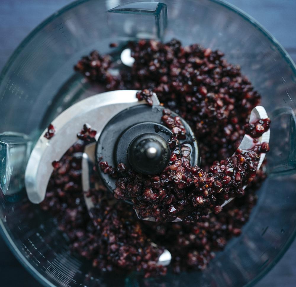 puréeing mulberries