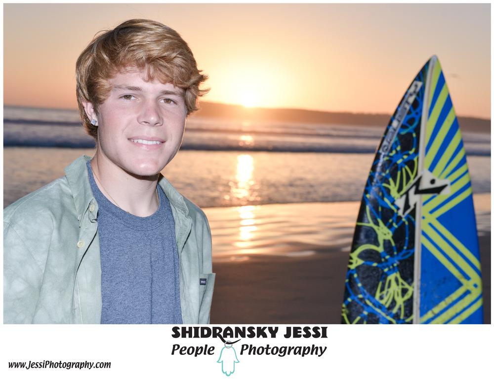 Senior photography in Coronado Beach,