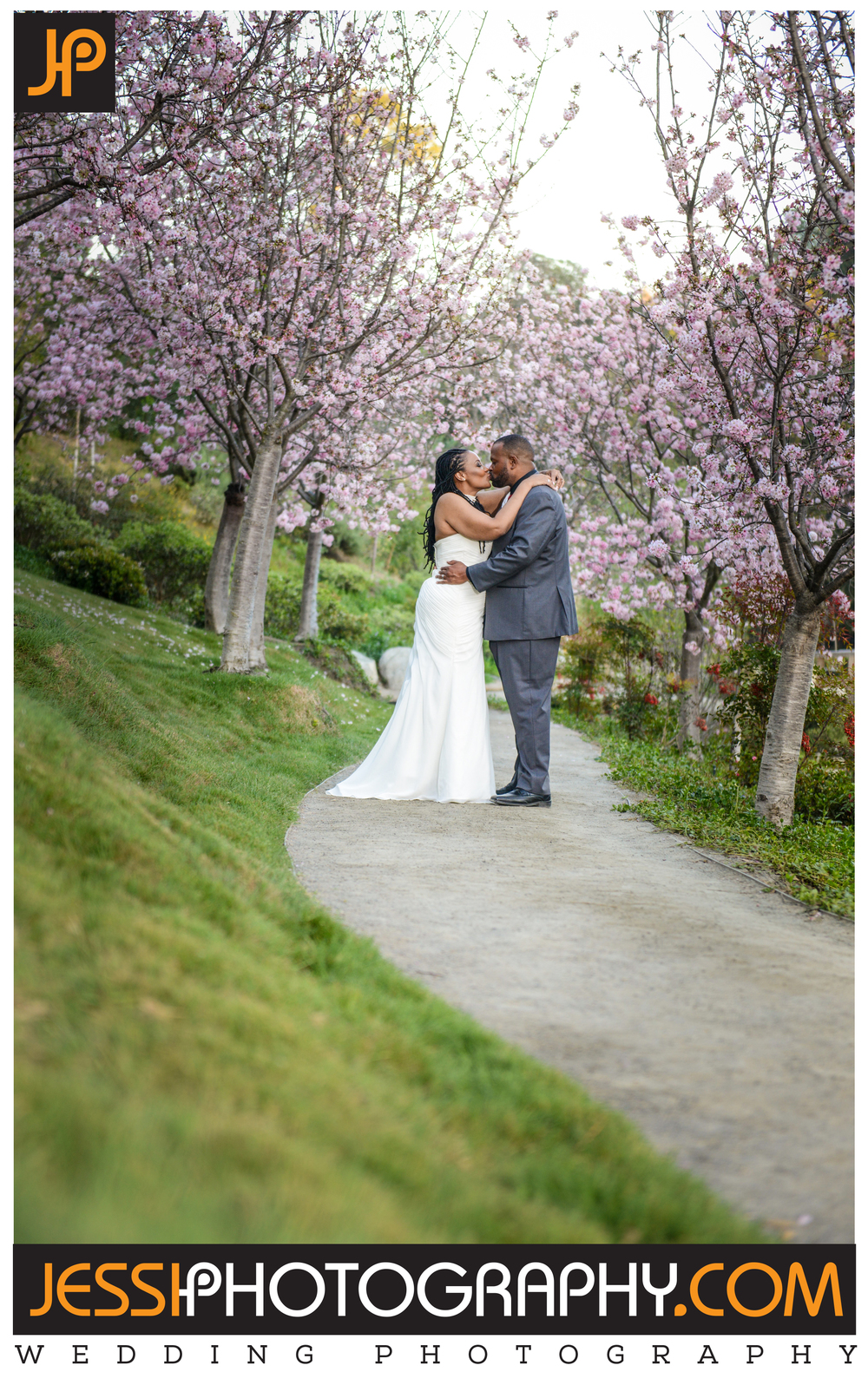 Top wedding photography portrait in the Japanese Garden