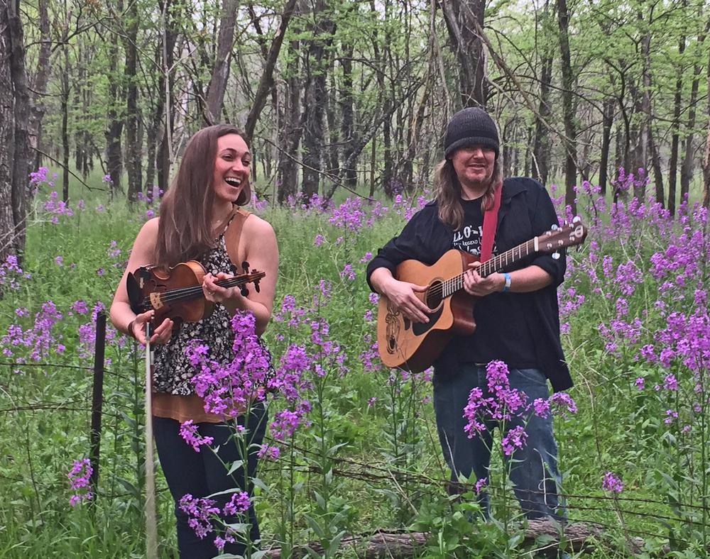 Dewey Paul Band's Jess Rose and Dewey Paul Moffitt.
