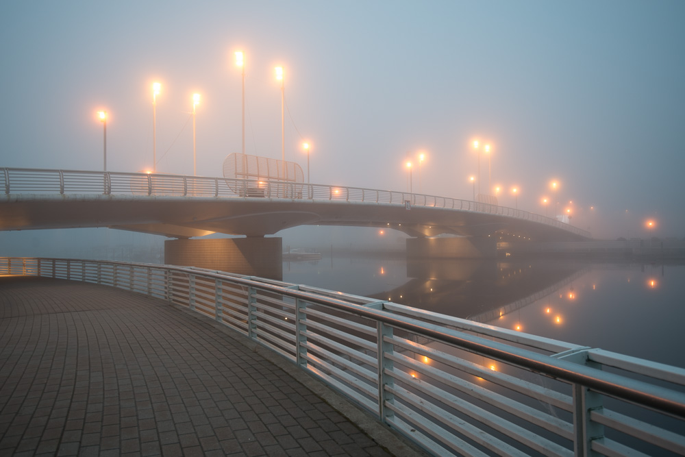 Fog Bridge - Before - ISO 100, 26 mm, f/4.0 & 0,4 sec