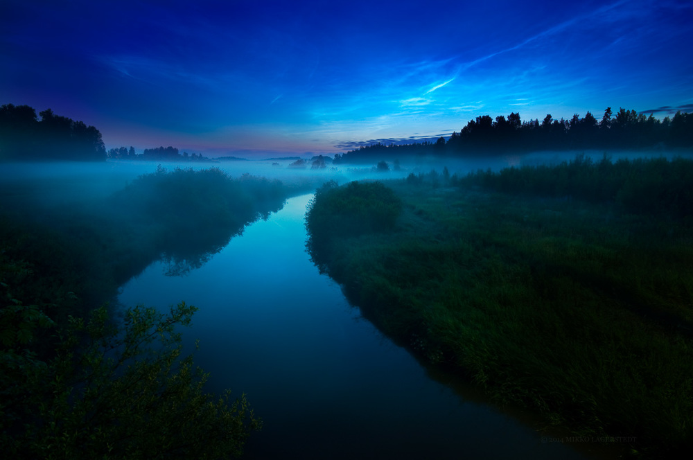 Mist & Noctilucent Clouds, July 2009, Nikon D90, Sigma 10-20mm f/4.0-5.6