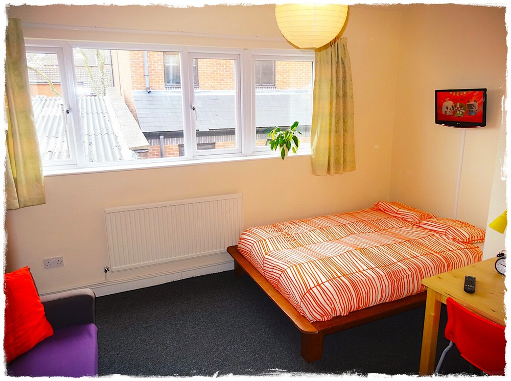 Double room in the annexe building.
