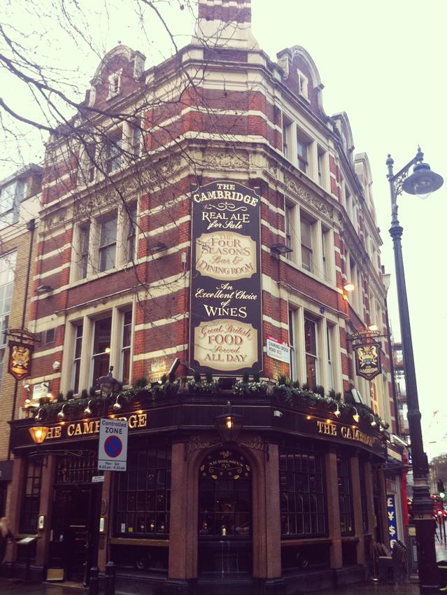 Charlene_Girodet_Londres_Bar