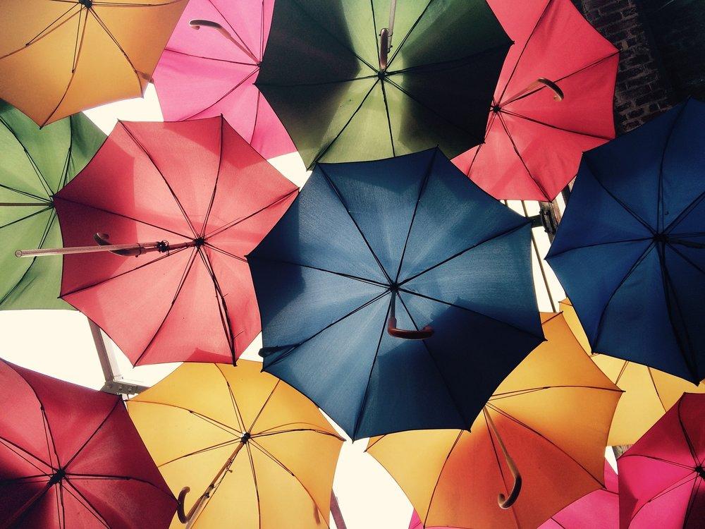 umbrellas-816338_1920.jpg