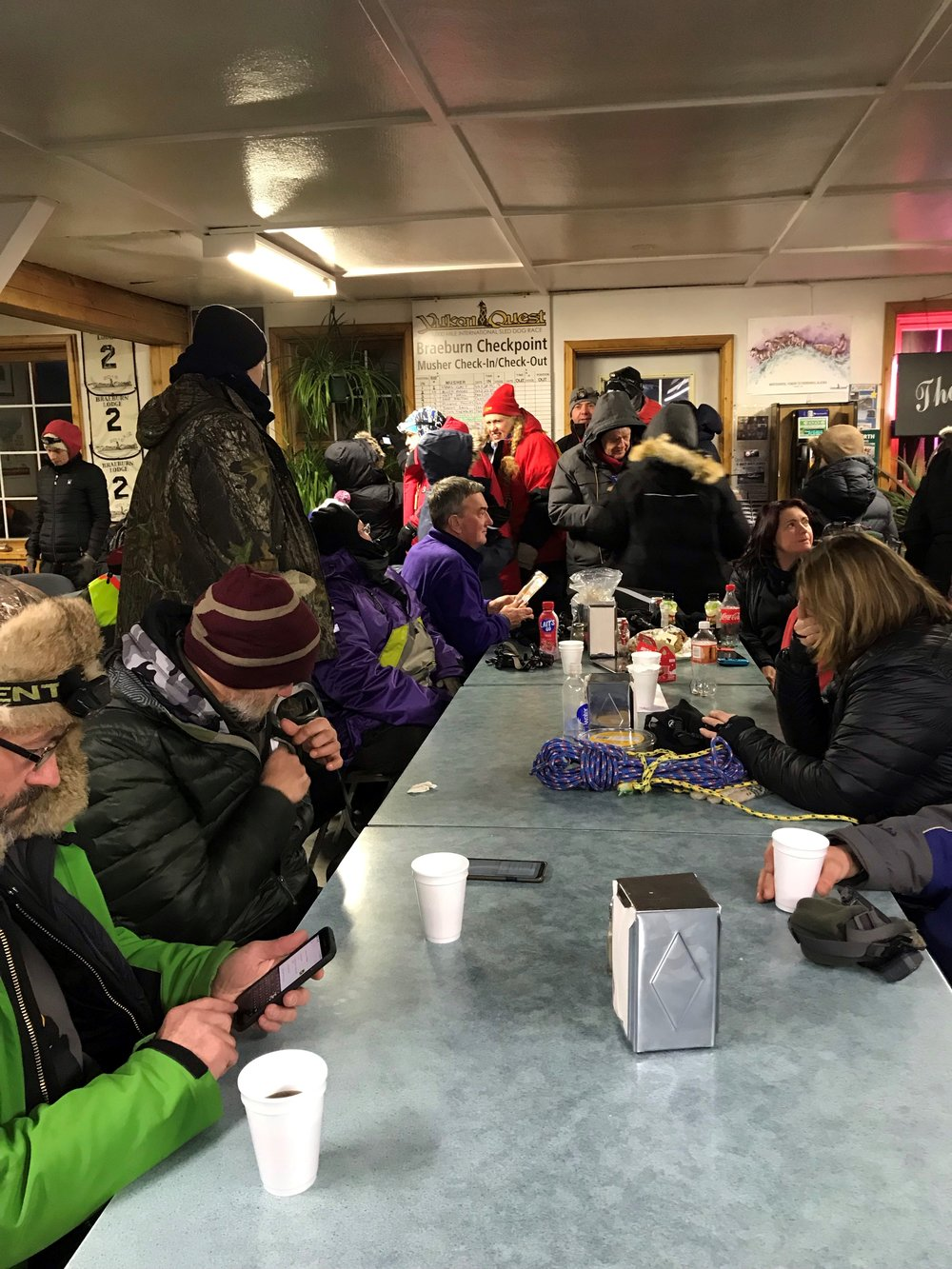 Handlers and fans waiting in Braeburn — REFRESH, REFRESH, REFRESH!
