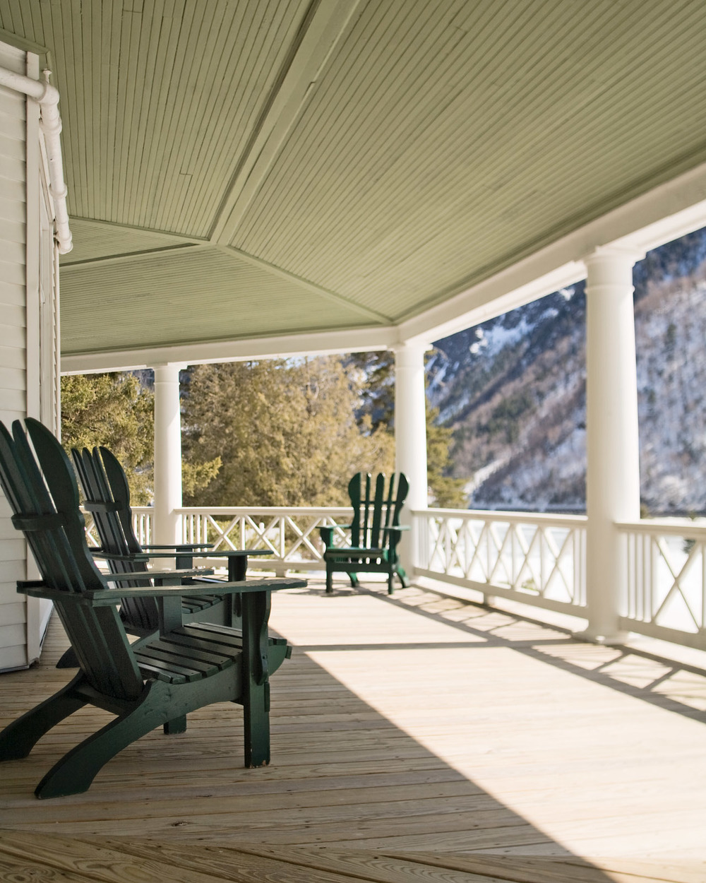 Balsams05_IntPorch.jpg
