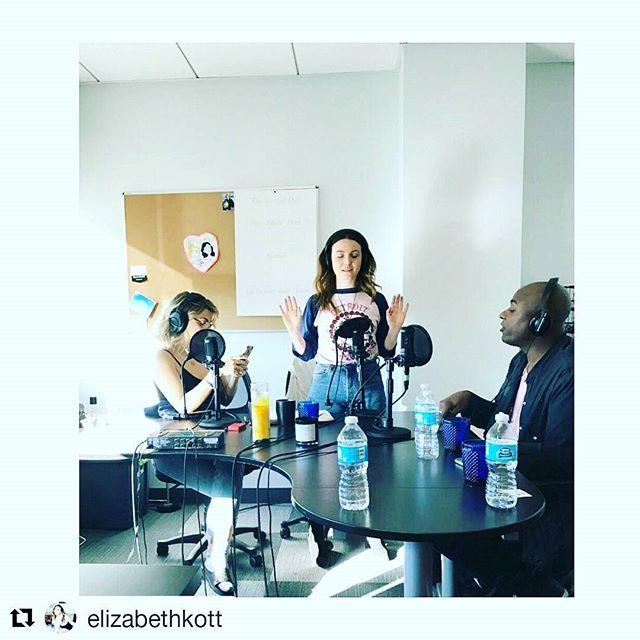 So much fun with my gals @elizabethkott @stephsimbari On radio show @soretrograde at Los Angeles studios ・・・ raising vibes in studio w/ shaman d ⬆🙌📸 #shamandurek
