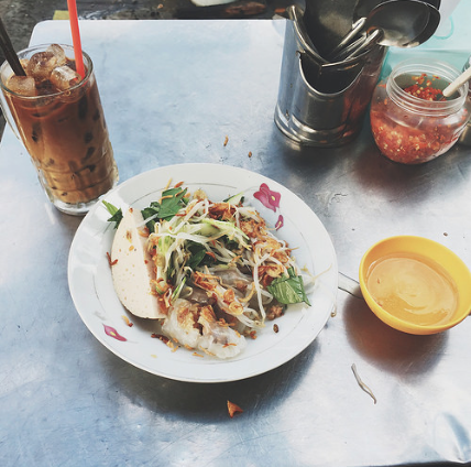 vietnamese-tea-food