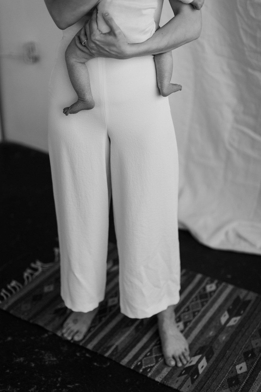 Laura Rowe Photography, Motherhood Photography, Toronto, Motherhood Portraits3.jpg