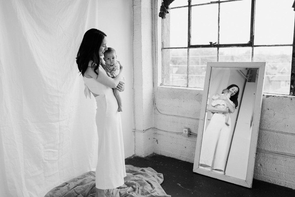Laura Rowe Photography, Motherhood Photography, Toronto, Motherhood Portraits16.jpg