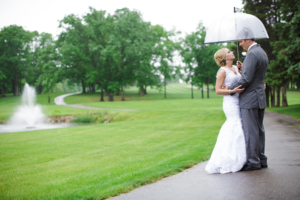 Lapeer Country Club Wedding.jpg