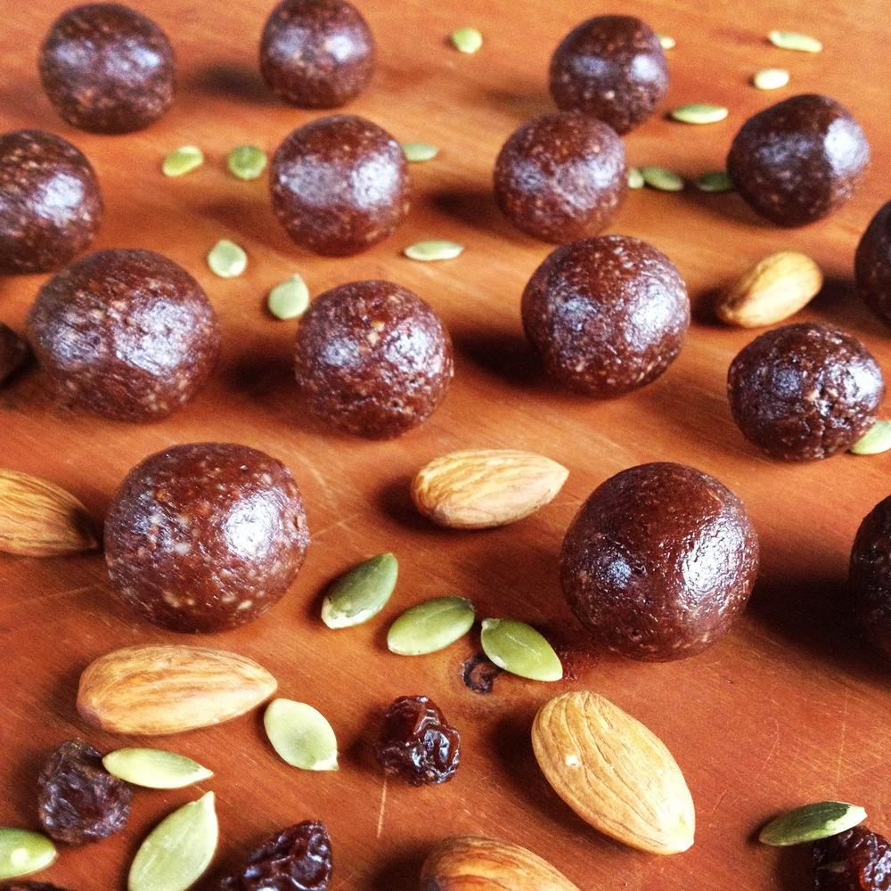 Raw Cacao Divine Gem Truffles Free Recipe
