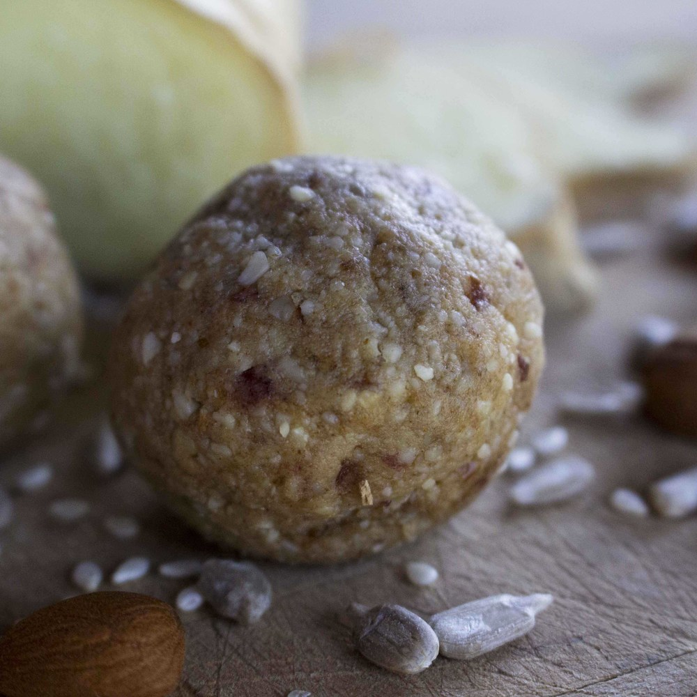 Ginger Bliss Balls : Great healthy snacks : free recipes