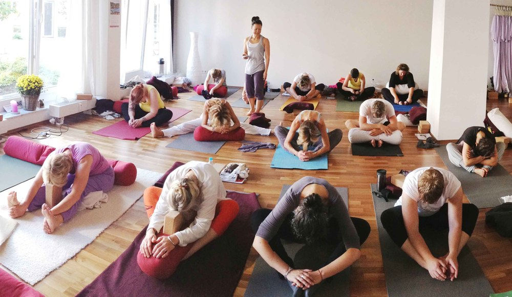 Yin Yoga Teacher Class with Karin
