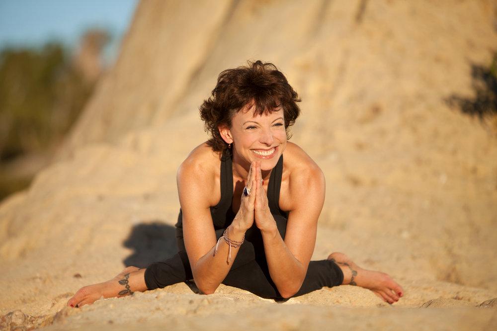 jeanne-heileman-yoga-media-kit-press-shots (4).jpg