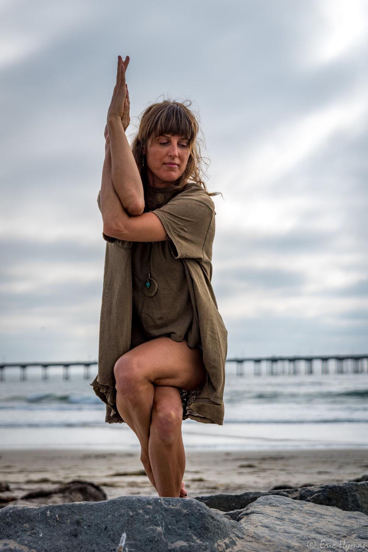 Joan Yoga by Eric-18.jpg