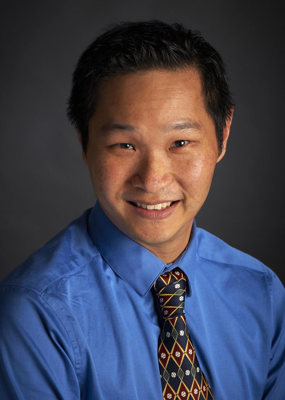 Dr John Tan   Bsc MBBS(Syd)DCH FRACP