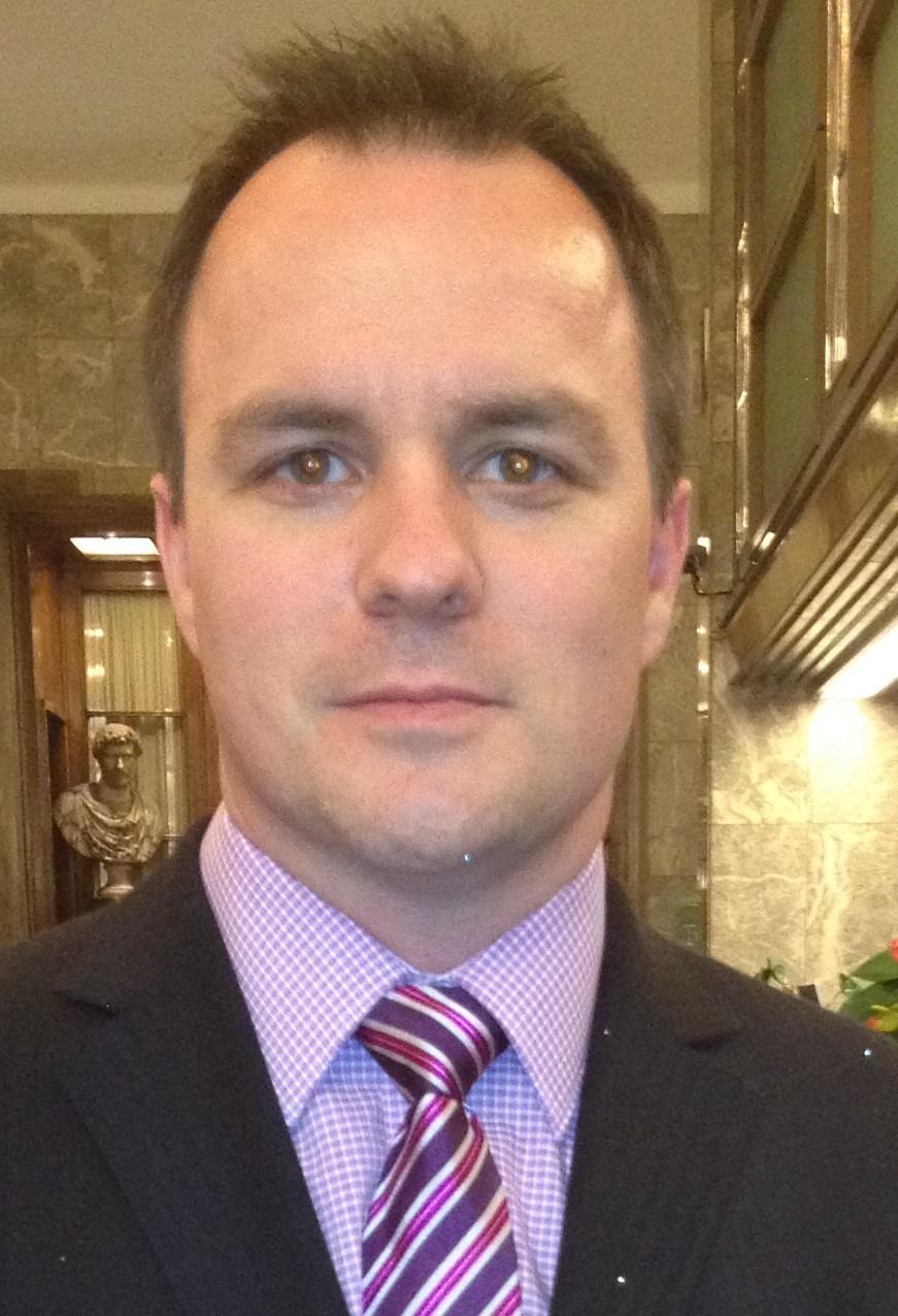 Professor Stuart MacKay Bsc(Med), MBBS(Hons), FRACS