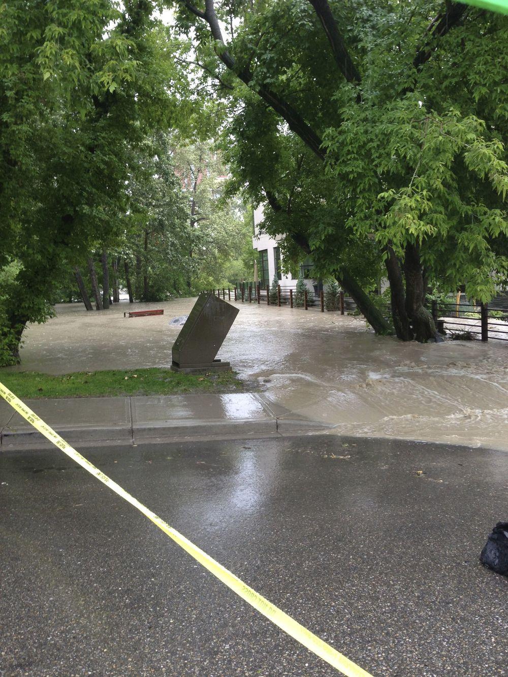 Calgary flood pictures, general contractor Calgary, renovations, restoration company, contractor Calgary 5.jpg