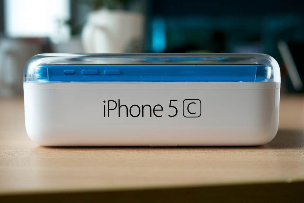 "The iPhone 5C was Apple's attempt to make a ""less expensive"" iPhone, but its price point is still too high for the developing market. CC image courtesy of Kārlis Dambrāns on Flickr."