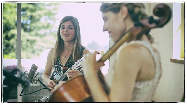 We're back to the editing room and will have a flurry of live music videos emerging soon, including a few from this wonderful duo! #ashleybroder #mandolin #cello #livemusicvideo #musicvideo #liverecording #canonc200 #santacruzmusic