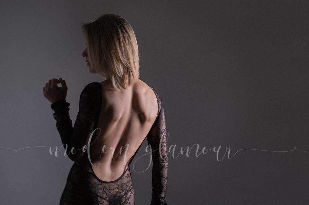 boston-boudoir-modern-glamour-photography-lace-bodysuit.jpg