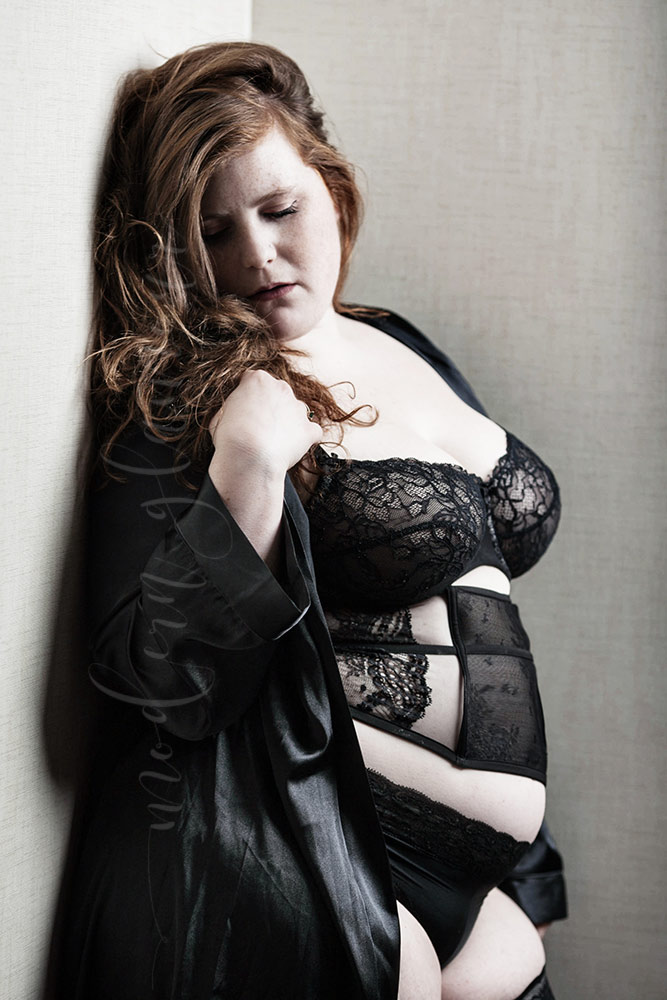 boston-boudoir-plus-size-black-lingerie