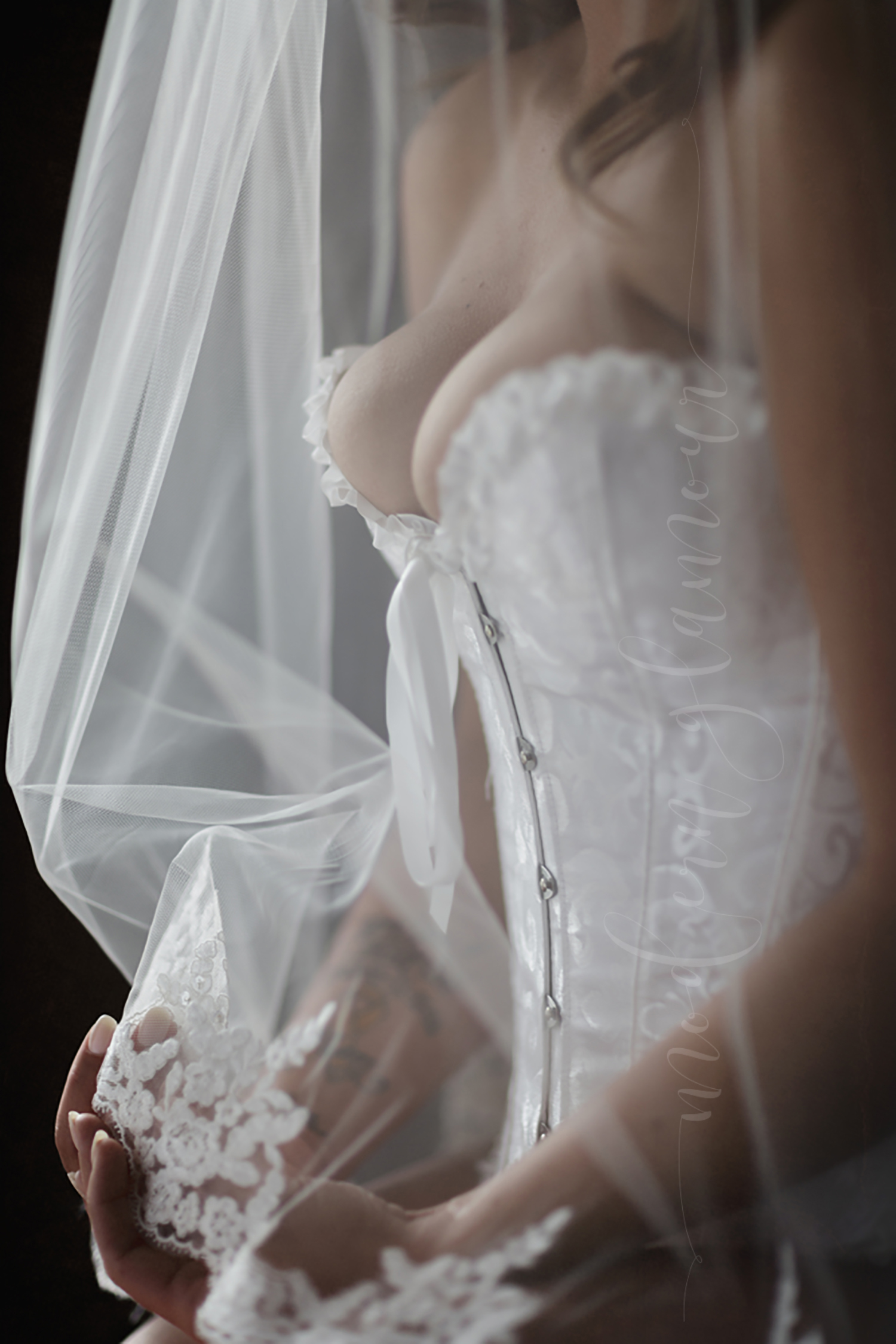 bridal veil corset boudoir studio massachusetts
