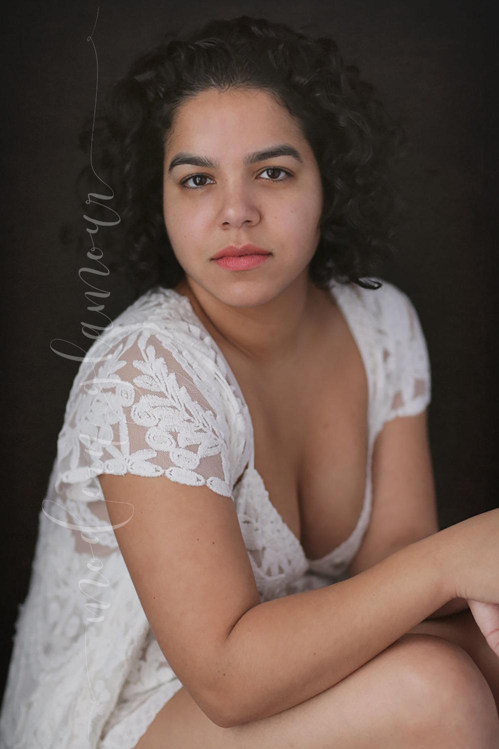 boudoir photos boston curly hair no make up