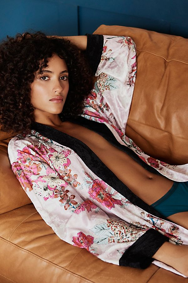 Beautiful Lounge-y kimono from Free People perfect for lazy mornings.