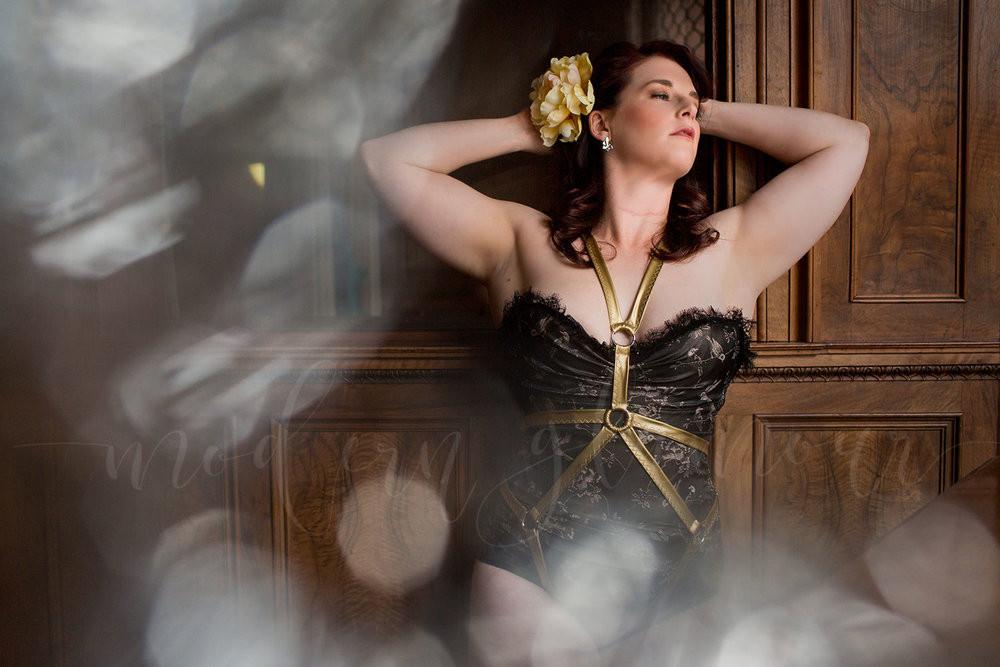 new-england-boudoir-photographer-harness-vintage03.jpg