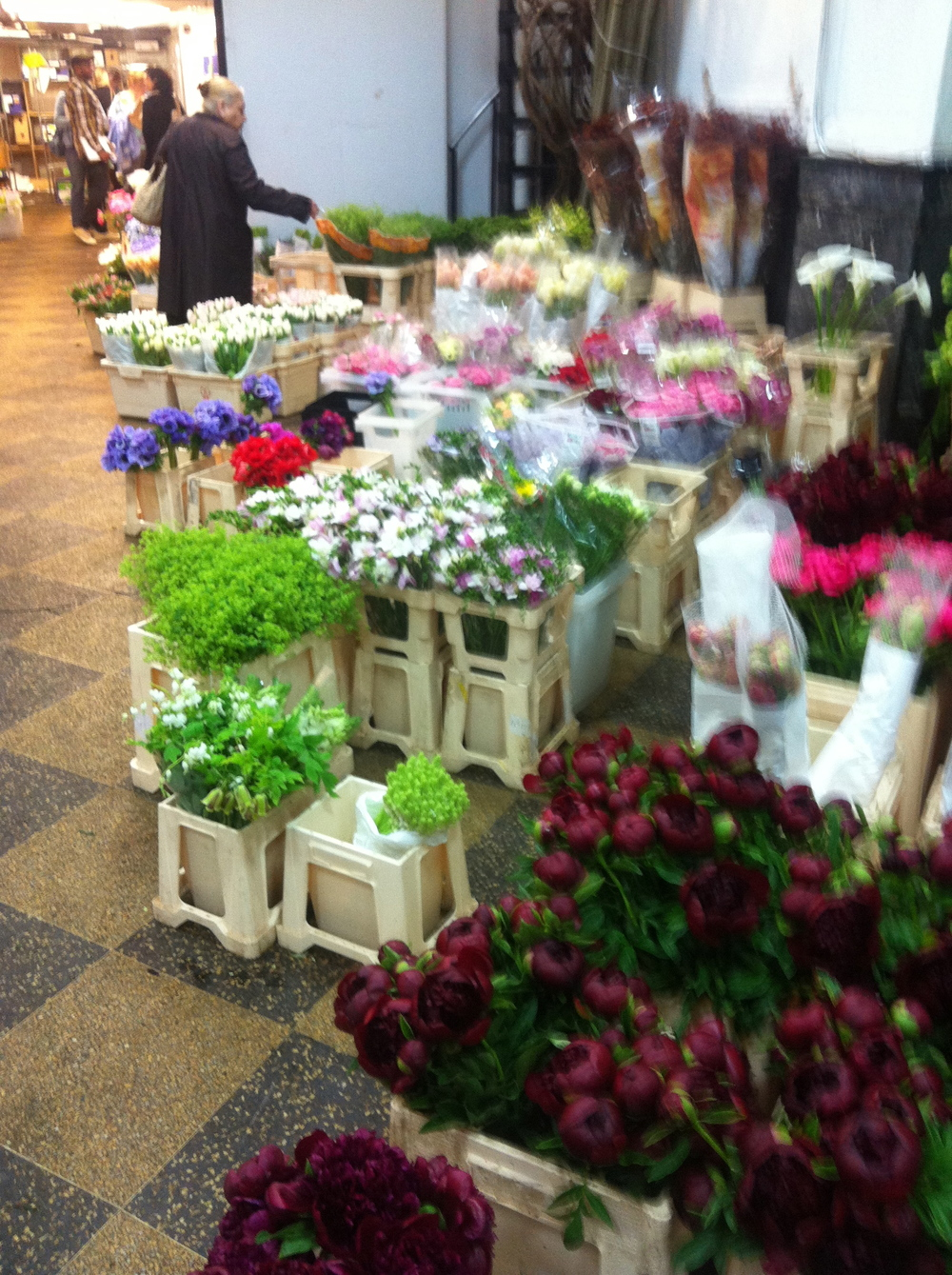 A walk in the Flower Market