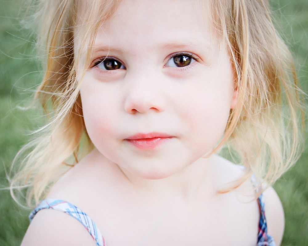 Lisa Ridgely Photography - Hanover, PA Portrait Photographer - Child Photographer