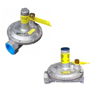 "Maxitrol Regulators :    Designed for multi-poise mounting    • Self-aligning valve with lever action for dead end lockup    • Durable, corrosion-resistant construction    • High performance type for pounds to inches reduction    • Available in 3/8"" to 11/"" pipe sizes    • Precise regulation from pilot flows to full regulator capacity    • CSA certified for up to 5-psi inlet pressure    • Over-pressure protection device (OPD) to limit downstream pressure in case of regulator failure    • Self-aligning valve with lever action for dead end regulator lockup"