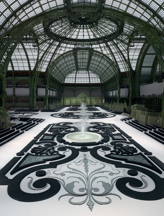 French garden under the glass ceiling of the Grand Palais - Chanel fashion show 2011