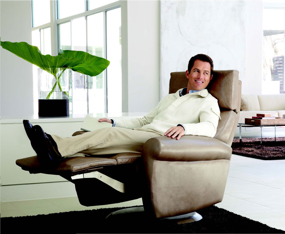 """American Leather """"Comfort Recliner"""" Every Man's Favorite Throne"""