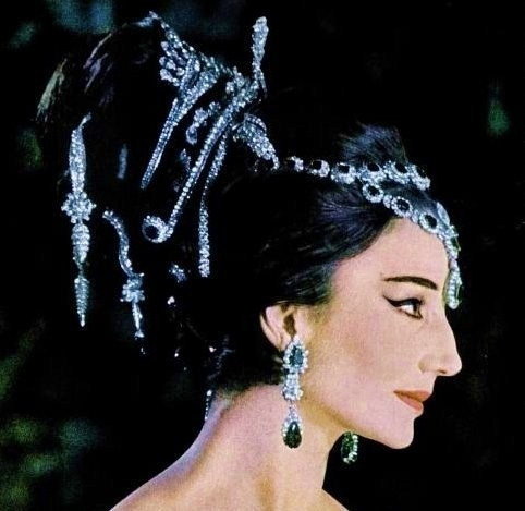 Jacqueline de Ribes bejeweled